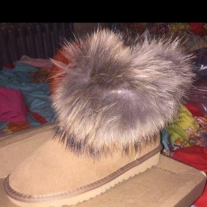 Uggs leisure snow boot